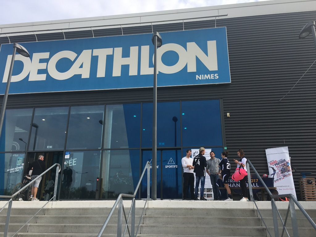 2018 oct 20 AOG HB et DECATHLON Nimes