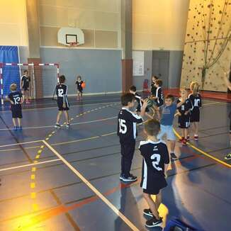 TOURNOI A LA VAUNAGE ECOLE DE HANDBALL